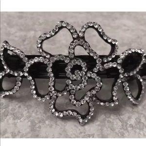 Accessories - Hair clip Rose made w Swarovski elements